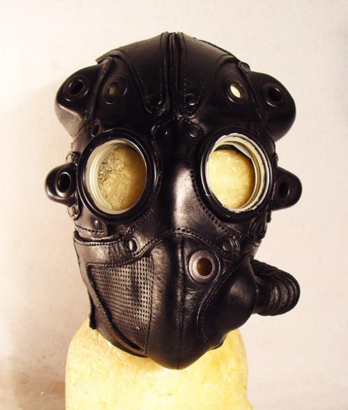 bob_bassets_mask-07